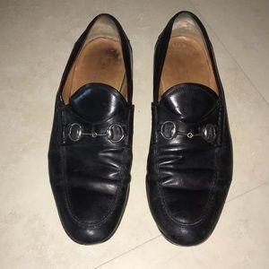 Men's Gucci black leather shoes